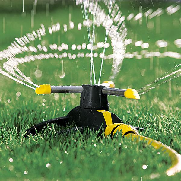 فواره چرخشی برای باغبانی